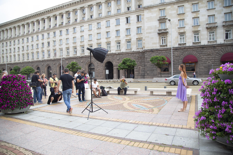 """Овладей светлината"" – портрети в градска среда с Godox и Dynaphos | София"